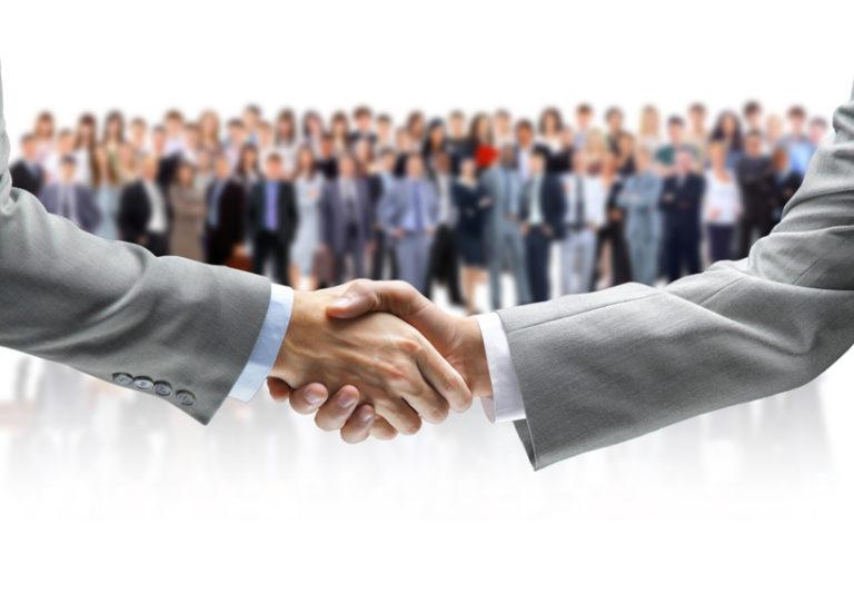 マッチングサイト構築にシステムは不要!専門家になるための人力運営
